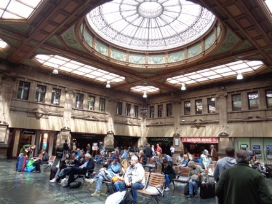 Hotels Edinburgh Waverley Train Station