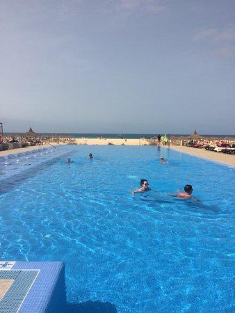Hotel Riu Touareg: Infinity pool