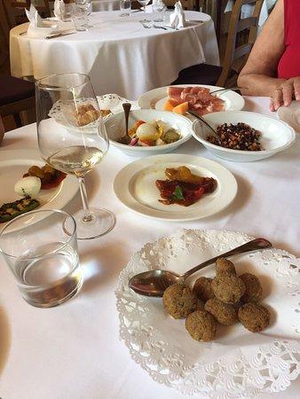 Follina, Italie : Eccezionale scoperta!!!tutto buonissimo eccezionale servizio!!!non vedo l ora di tornarci🍾🍾🍾?