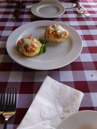 Trattoria La Vigna : garlic bread