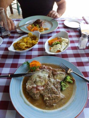Trattoria La Vigna : Veal and fillet steak