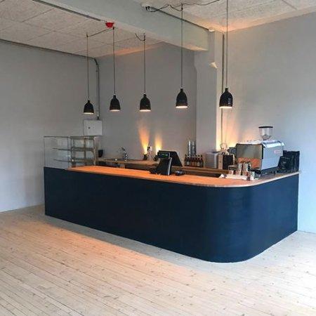 Trevarefabrikken: Café/reception/shop