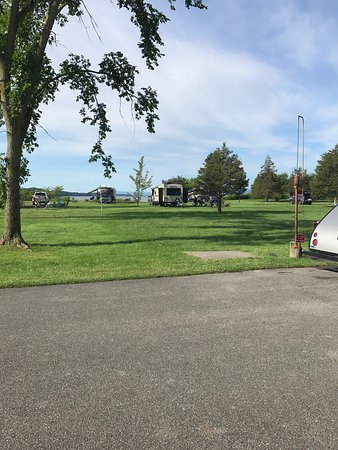 Vergennes, VT: Beautiful campgrounds. Lots so see and do for families.