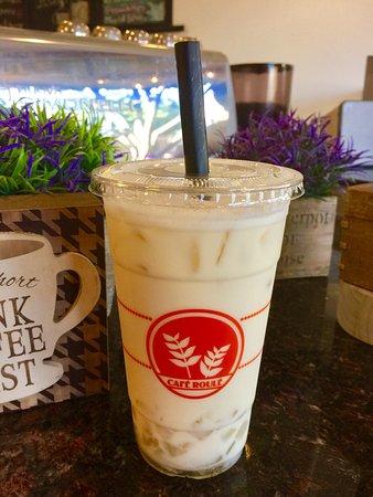 Temple City, CA: Iced Milk Green Tea w/ Aloe Vera