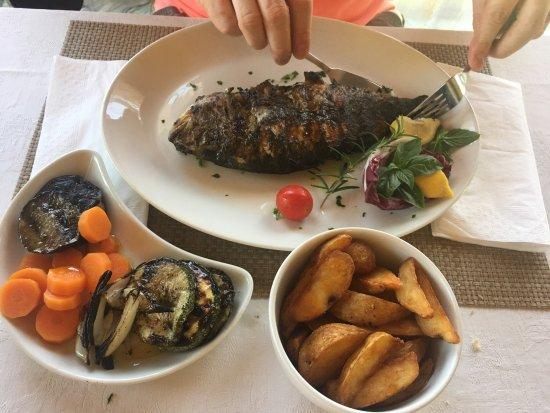 Vinyard Restaurant: photo7.jpg