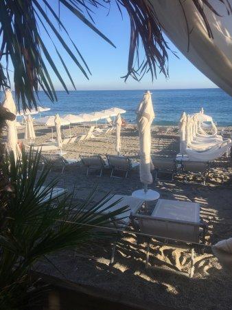 Bar dei bagni albatros beach varigotti restaurant - Bagni vittoria finale ligure ...