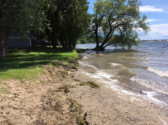 Isaiah Tubbs Resort: High water levels at beach at Isaiah Tubbs, but the same situation everywhere in the area.