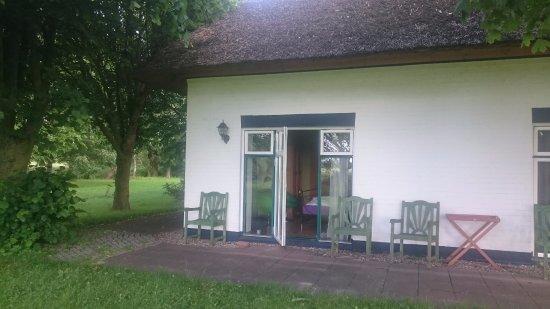 Oldenburg in Holstein, Allemagne : Vårt underbara rum, under vasstaket. Fönster åt två håll