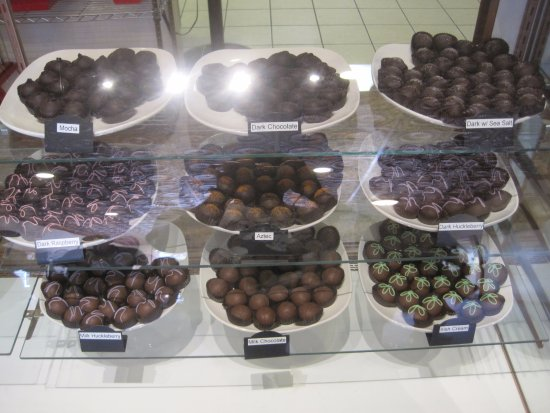Sandpoint, Αϊντάχο: the chocolates in display 2