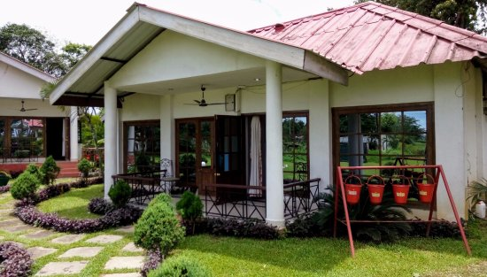 Kaziranga Golf Resort: The cottage where we stayed in May 2017