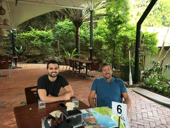 Ellis Beach, Australia: Outside eating
