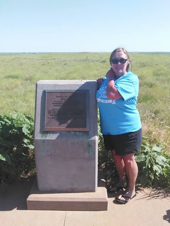 Santa Fe Trail Tracks: Marker