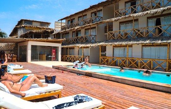 Viaje a Máncora Hotel Costa Blanca