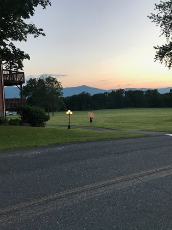 Greenville, NY: One of the fantastic views of the Catskill Mountains from the middle of the resort