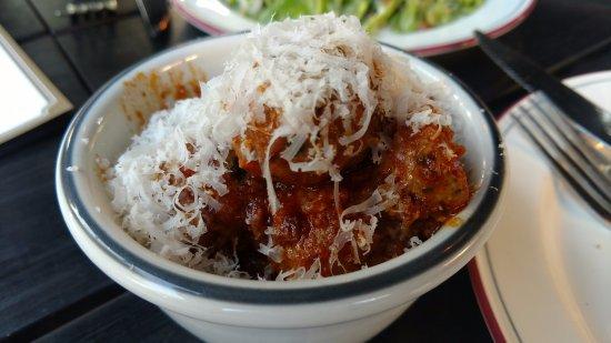 Watertown, แมสซาชูเซตส์: Meatballs
