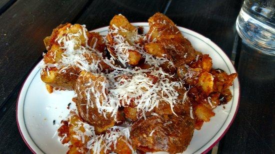 Watertown, แมสซาชูเซตส์: Fried Potatoes