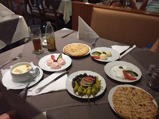 Restaurant akropolis vienna restaurant reviews phone for Akropolis greek cuisine merrillville in