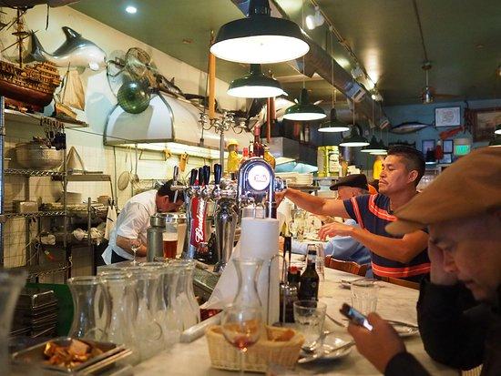 Sotto Mare Oysteria & Seafood: Sotto Mare Restaurant