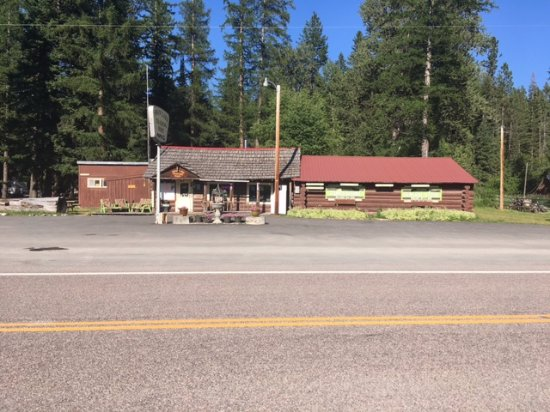 Swan Lake Trading Post & Campground: main building