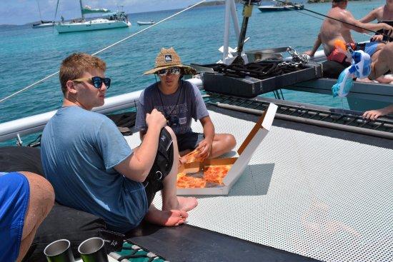 Kekoa Sailing Expeditions: Pizza Pi