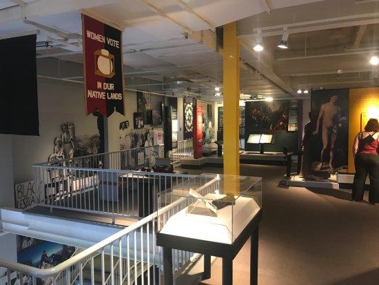 Seneca Falls, Estado de Nueva York: Inside