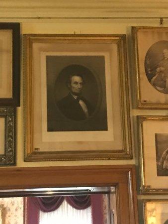 Auburn, NY: President Lincoln