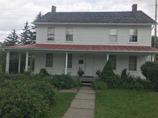 Auburn, NY: Her home