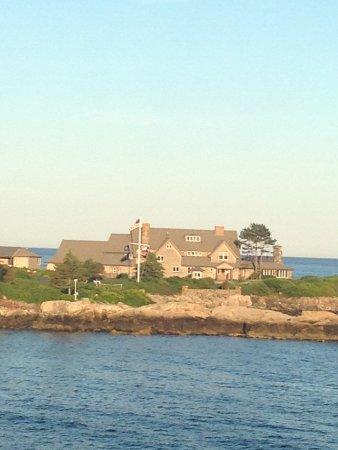 Walker's Point: George HW Bush's house