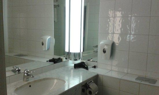 Comfort Hotel Boersparken: Clean