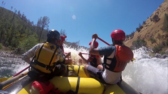 Lotus, CA: Going through a class 3 Rapid