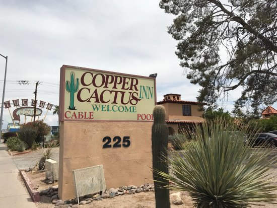Copper Cactus Inn: photo1.jpg