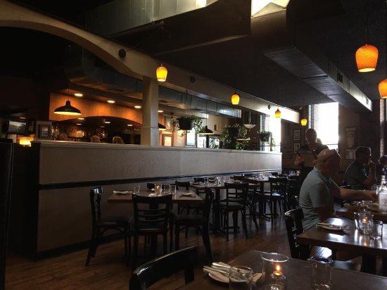 Adam's Northwest Bistro & Brewery: photo0.jpg