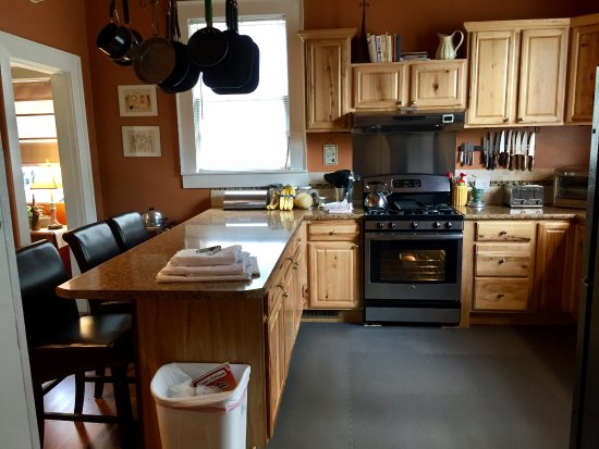 Shelbyville, TN: Kitchen