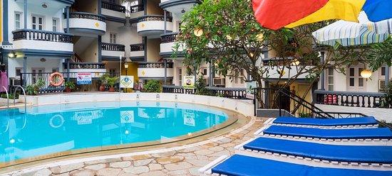 Oyo 10169 Santiago Beach Resort Goa Calangute Hotel Reviews