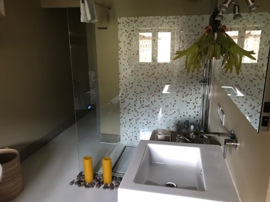 Casa Cartagena Boutique Hotel & Spa: Bathroom for 3 nights