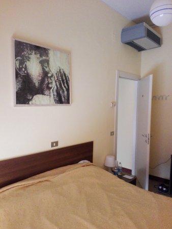 Hotel Montecarlo: IMG_20170710_092310_large.jpg
