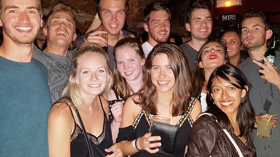 Mouffetard Paris Pub Crawl