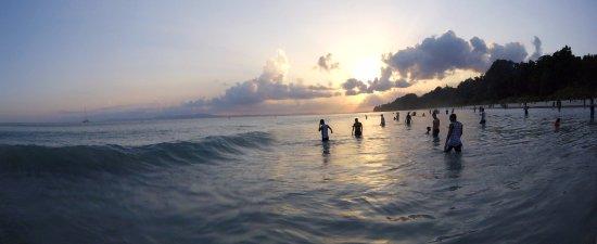 Radhanagar Beach: Quelques vagues à prévoir!