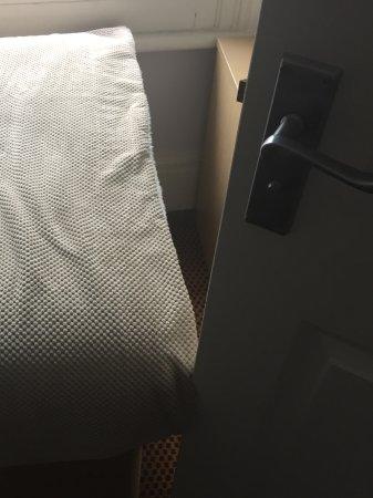 Storrington, UK: Another inch on bed width and the bathroom door won't open.