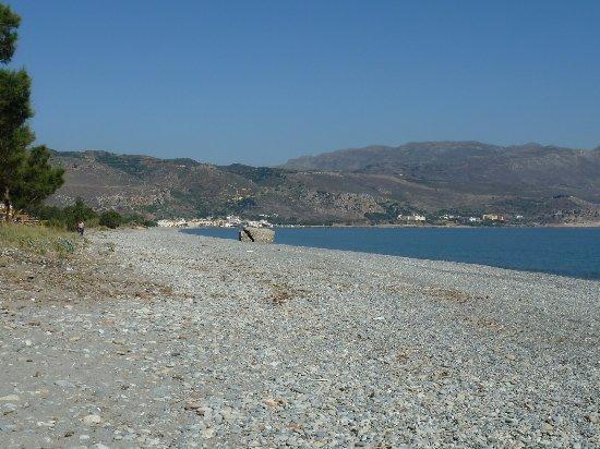 Selini Suites: Beach
