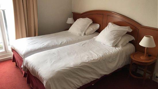 Best Western Hotel Eiffel Cambronne: Las camas son cómodas.