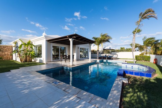 Alondra Villas & Suites: Villa standar