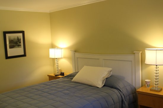Shandaken, NY: Queen room in the Inn