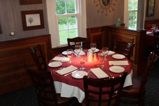 Catskill Seasons Inn: Dining Room Open Thursday-Saturday