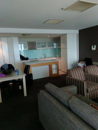 Glenelg, Australien: Living room view from balcony