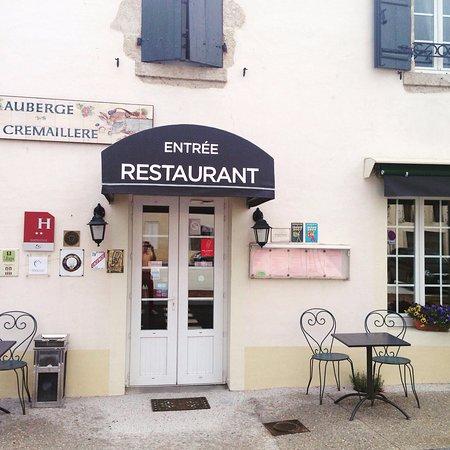 Villandraut, Frankrig: entrée restaurant