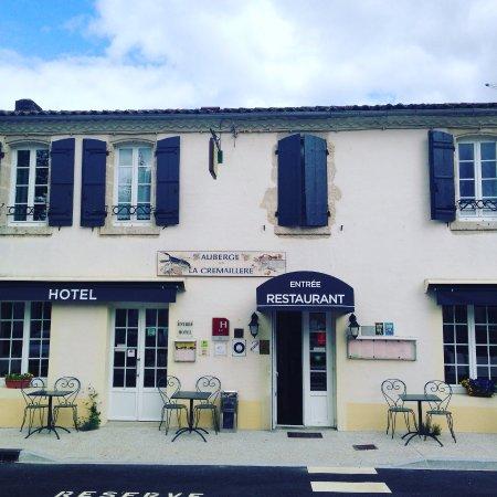 Villandraut, Frankrig: hotel  auberge la cremaillere