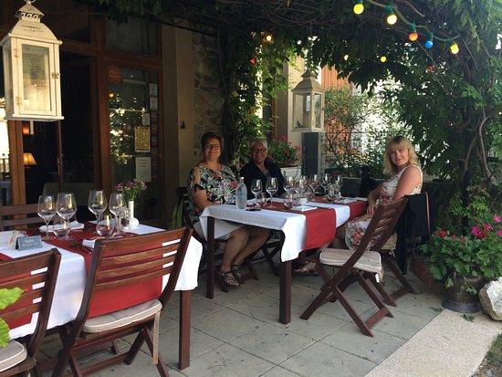 Axat, Frankrijk: Lone, Brigitte og Anne-Mette