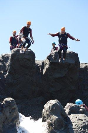 Canyoning Park : saut en duo