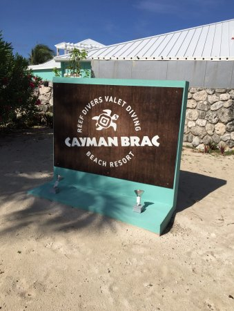 ‪‪Cayman Brac Beach Resort‬: Resort entrance sign‬